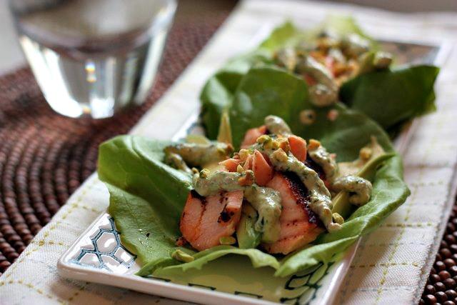 salmon lettuce wraps with pistachio cream