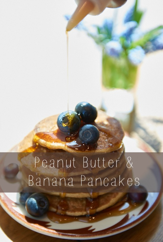 peanut butter and banana pancakes via @danielleomar