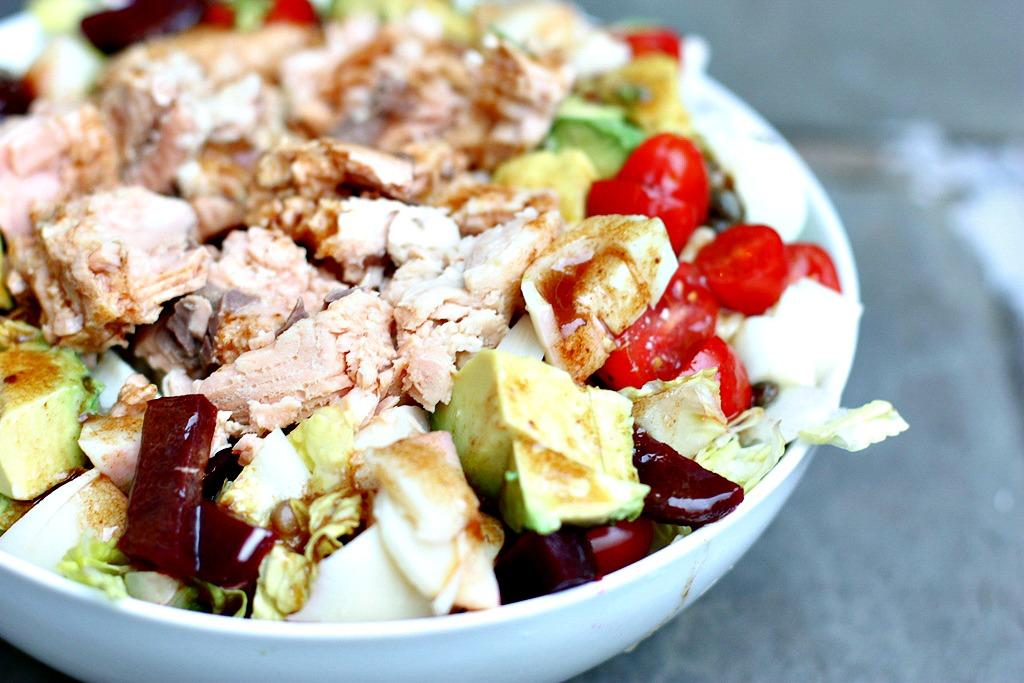 canned salmon salad with balsamic vinnaigrette