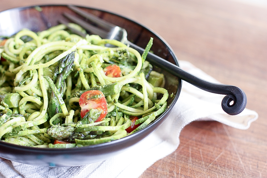 Asparagus and Zucchini Noodles with Spinach Pistachio Pesto