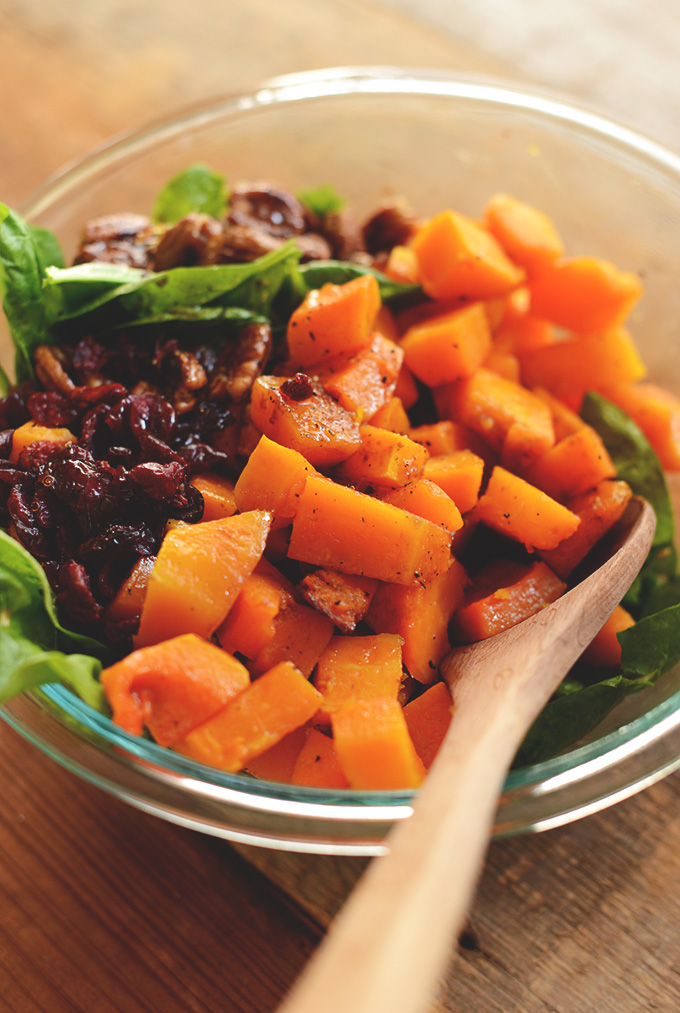 roasted-butternut-squash-salad-with-spinach-and-caramelized-pecans-minimalistbaker-com_
